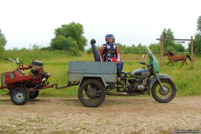 Грузовой прицеп для мотоцикла